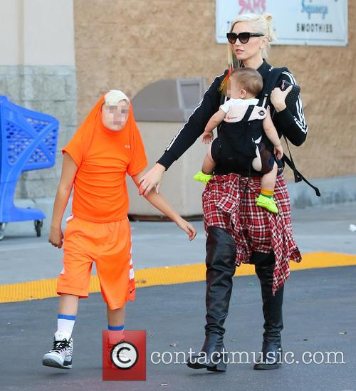 Gwen Stefani, Apollo Rossdale and Kingston Rossdale 3