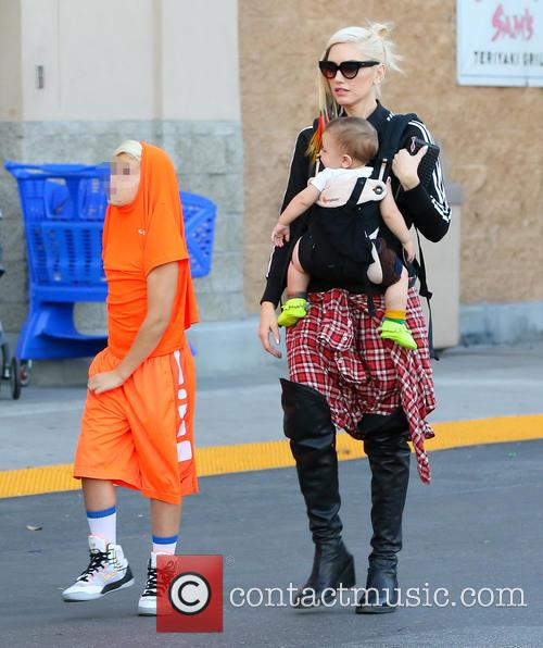 Gwen Stefani, Apollo Rossdale and Kingston Rossdale 4