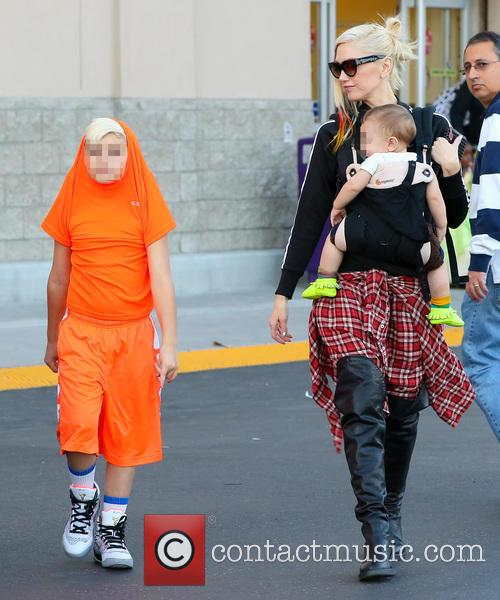 Gwen Stefani, Apollo Rossdale and Kingston Rossdale 10