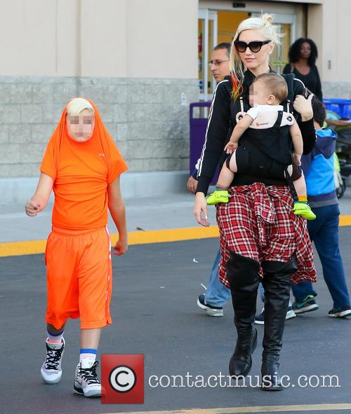 Gwen Stefani, Apollo Rossdale and Kingston Rossdale 11