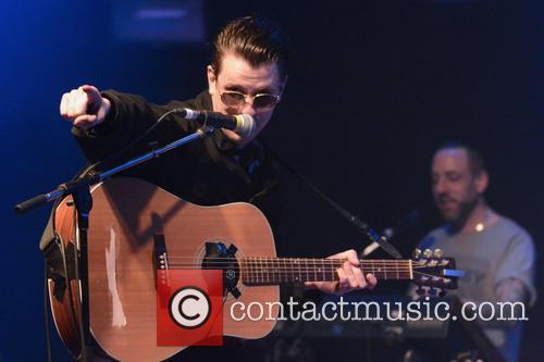 Jamie T performs live