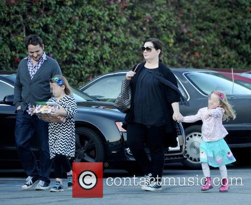 Melissa Mccarthy, Ben Falcone, Vivian Falcone and Georgette Falcone 4