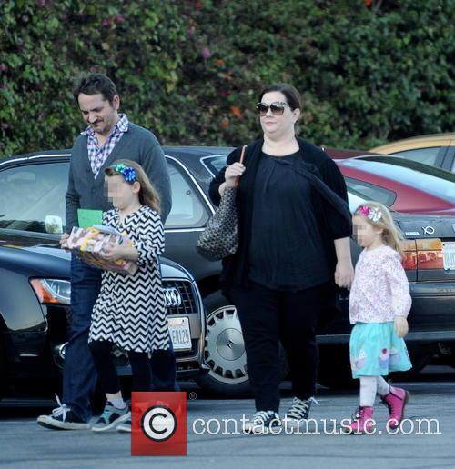 Melissa Mccarthy, Ben Falcone, Vivian Falcone and Georgette Falcone 5