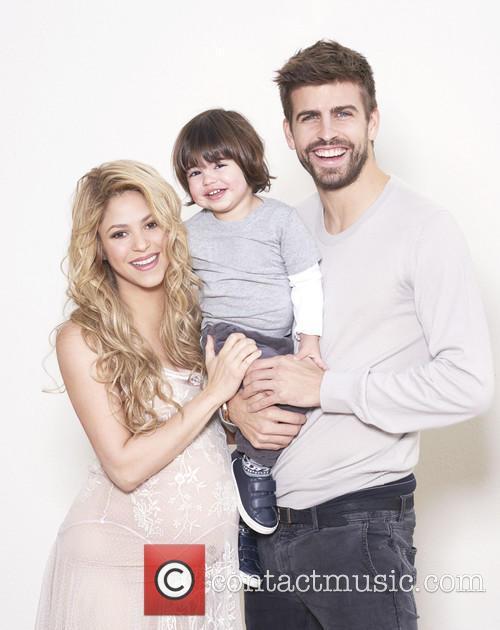 Shakira, Gerard Piqué and Milan Piqué Mebarak 1