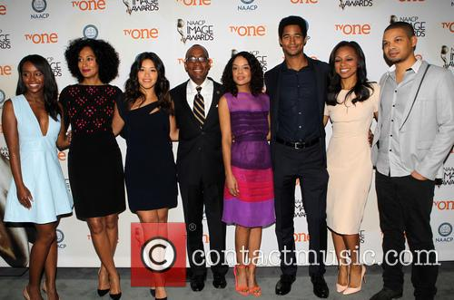 Aja Naomi King, Tracee Ellis Ross, Gina Rodriguez, Cornell William Brooks, Alfred Enoch, Nischelle Turner and Tessa Thompson 1