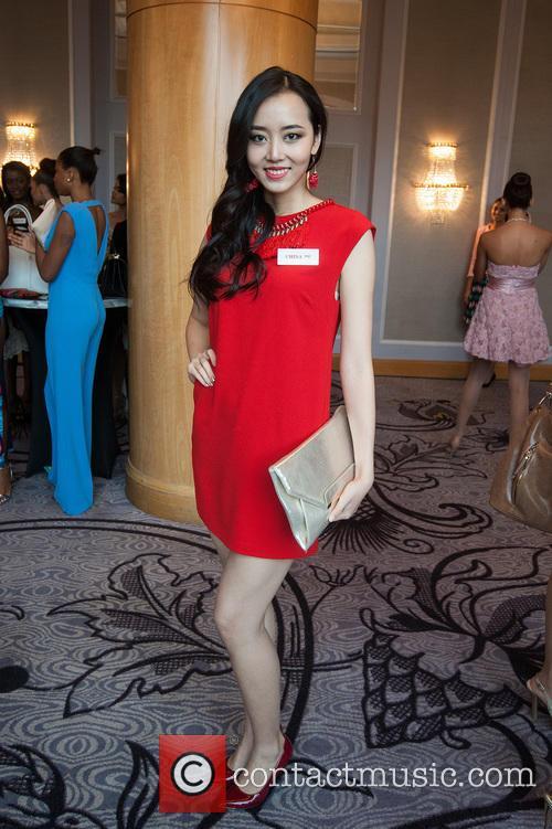 Du Yang and Miss China 7