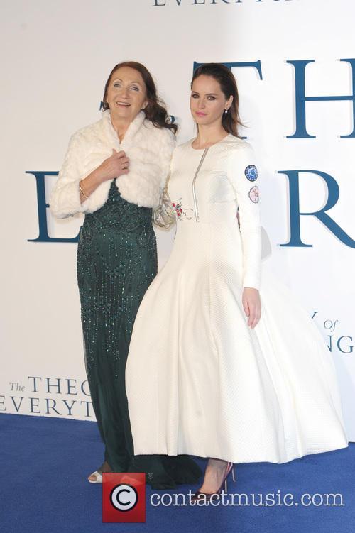 Jane Hawking and Felicity Jones 11