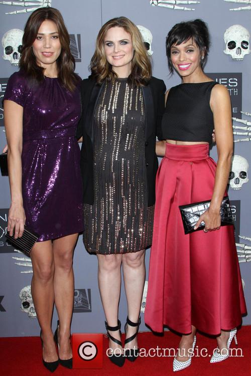 Micheala Conlin, Emily Deschanel and Tamara Taylor