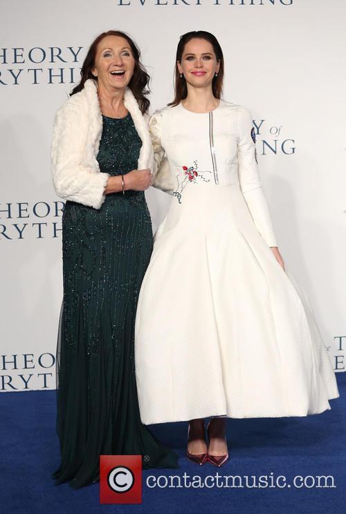 Jane Hawking and Felicity Jones 7