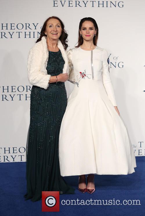 Jane Hawking and Felicity Jones 9