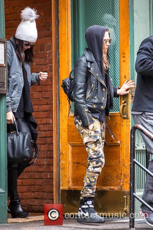 Cara Delevingne and Kendall Jenner 3