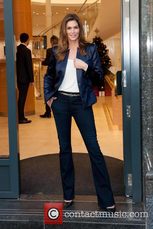 Cindy Crawford opens the new Omega store