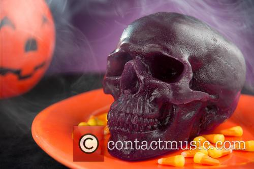 The World's Largest Gummy and Skull 3