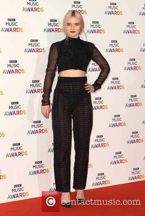 Grace Chatto and Clean Bandit 5