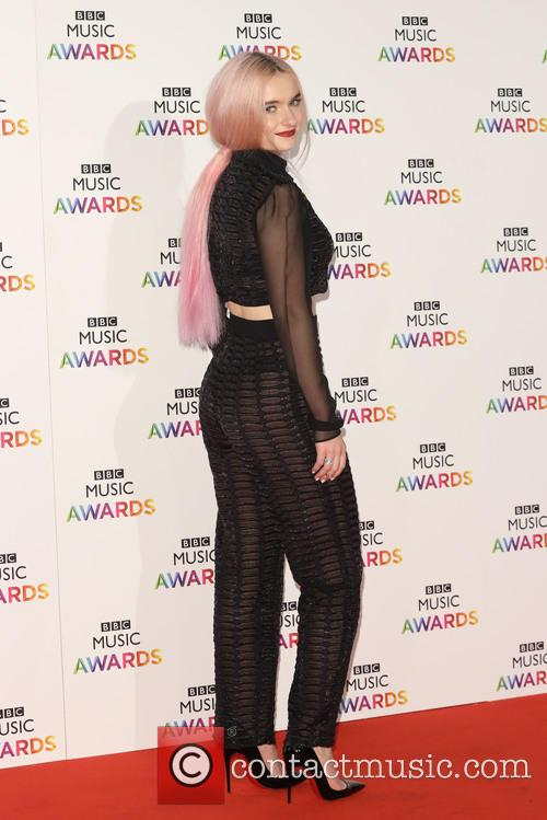 Grace Chatto and Clean Bandit 6