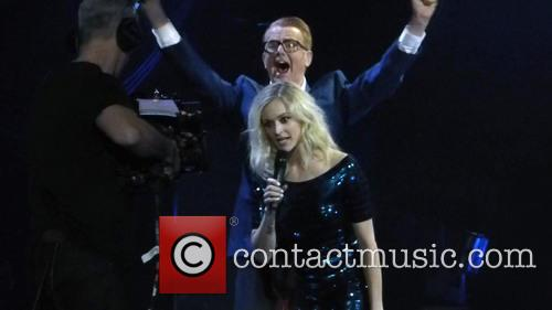 Fearne Cotton and Chris Evans 1