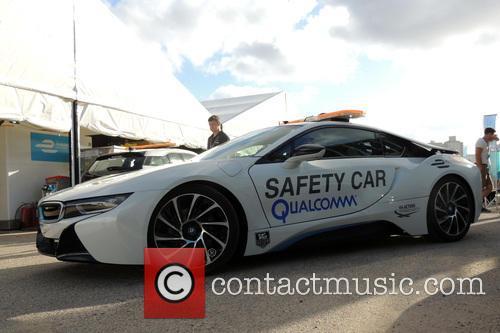 Bmw E-car - Safety Car 1