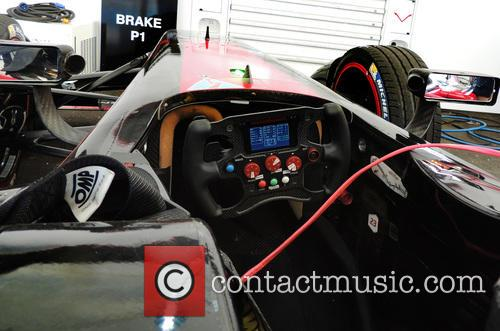 E-racing Car's Steering Wheel - 10