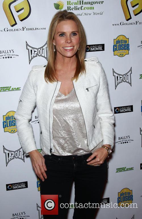 Cheryl Hines 8
