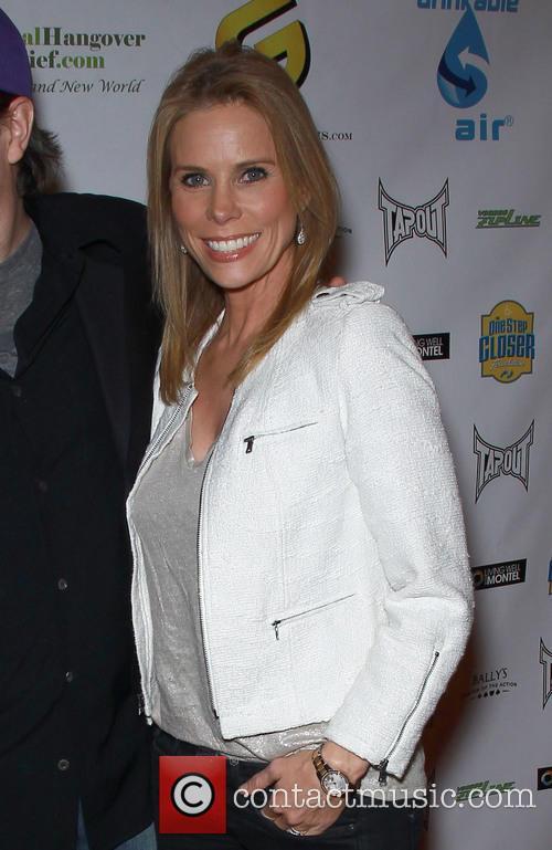 Cheryl Hines 11