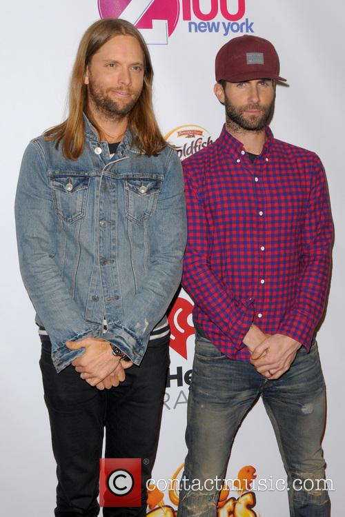 James Valentine and Adam Levine 1