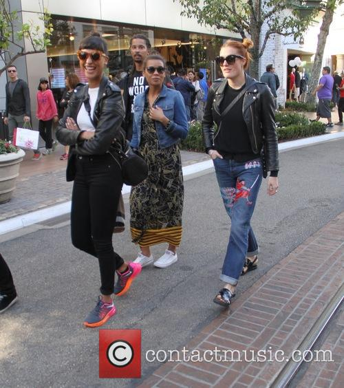 Icona Pop, Aino Jawo and Caroline Hjelt 3