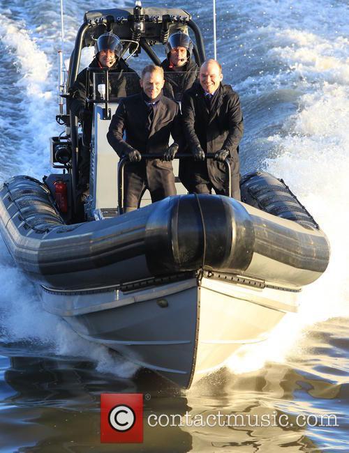 Daniel Craig and Rory Kinnear 9