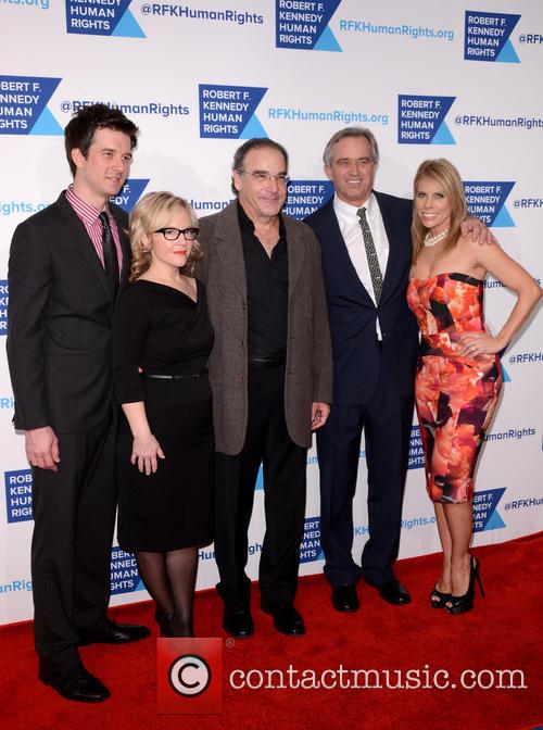 Adam Paul, Rachael Harris, Mandy Patinkin, Robert F. Kennedy Jr. and Cheryl Hines 3