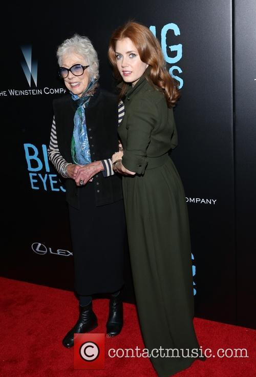 Amy Adams and Margaret Keane 8