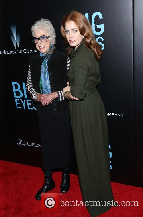 Amy Adams and Margaret Keane 9