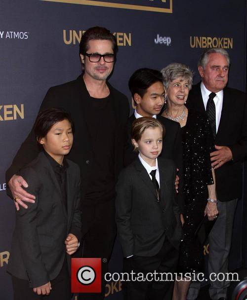 Brad Pitt, Pax Thien Jolie-pitt, Shiloh Nouvel Jolie-pitt, Maddox Jolie-pitt, Jane Pitt and William Pitt
