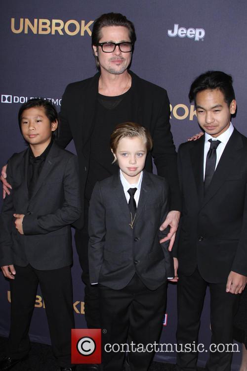 Brad Pitt, Pax Thien Jolie-pitt, Shiloh Nouvel Jolie-pitt and Maddox Jolie-pitt 4
