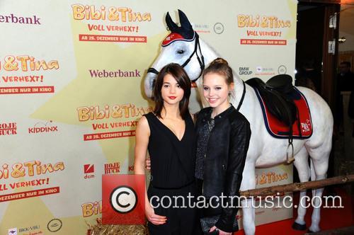 Lisa-marie Koroll and Lina Larissa Strahl 2