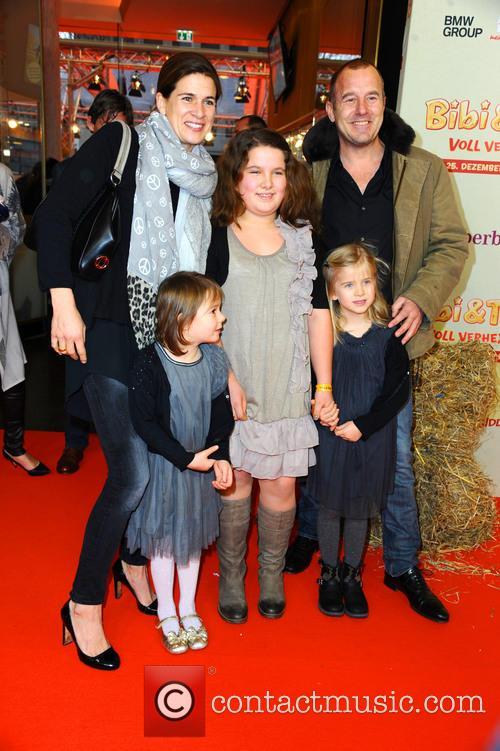 Marie-jeanette Ferch, Niece Magdalena, Niece Philippa, Daughter Ava and Heino Ferch 3