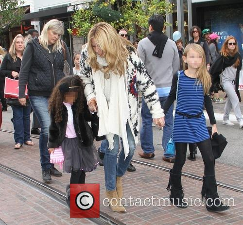 Heidi Klum takes her children to Santa's Grotto