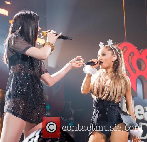 Jessie J and Ariana Grande 6