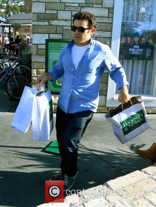 Fred Savage shopping at Littlejohn's English Toffee House