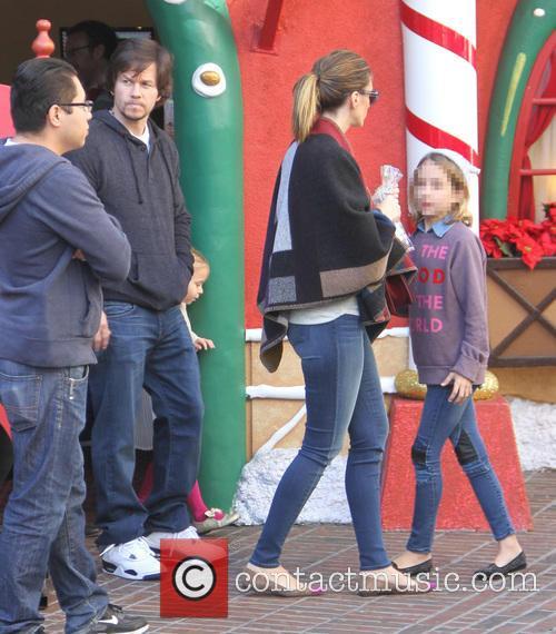 Rhea Durham, Ella Wahlberg and Mark Wahlberg 2
