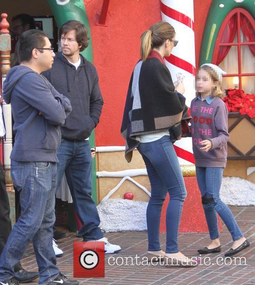 Rhea Durham, Ella Wahlberg and Mark Wahlberg 4