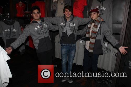 Emery Kelly, Ricky Garcia and Liam Attridge 8