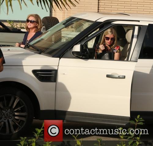 Nicky Hilton and Katy Hilton 3
