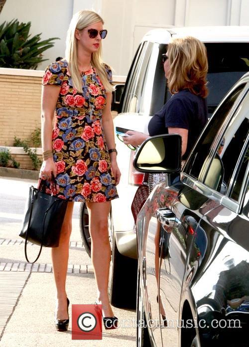 Nicky Hilton and Kathy Hilton 4
