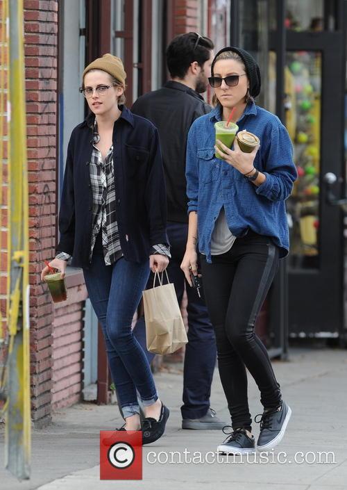 Kristen Stewart and Alicia Cargile 1