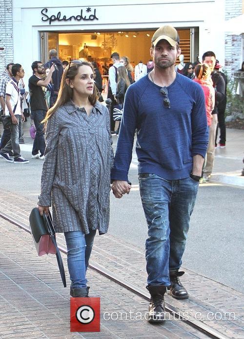 Rachael Leigh Cook and Daniel Gillies 6