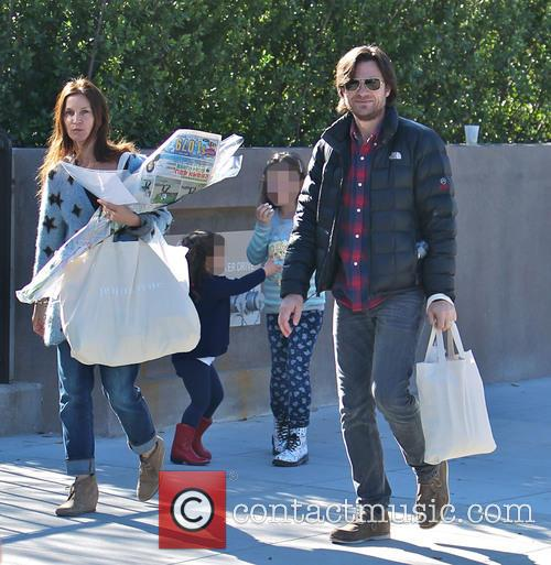 Jason Bateman, Amanda Anka, Francesca Bateman and Maple Bateman 11