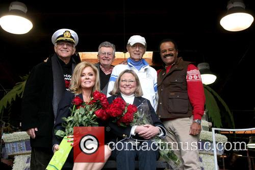 Lauren Tewes, Jill Whelan, Gavin Macleod, Fred Grandy, Ted Lange and Bernie Kopell