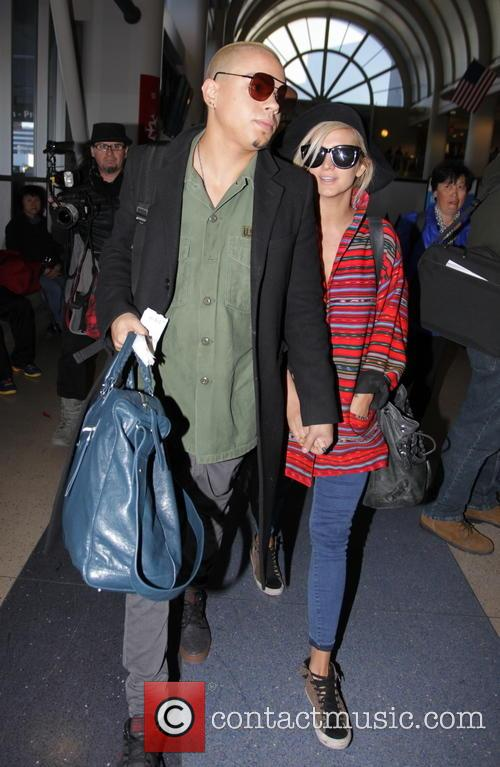 Evan Ross and Ashlee Simpson 10