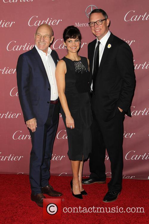 Patrick Stewart, Carla Gugino and Matthew Lillard 5