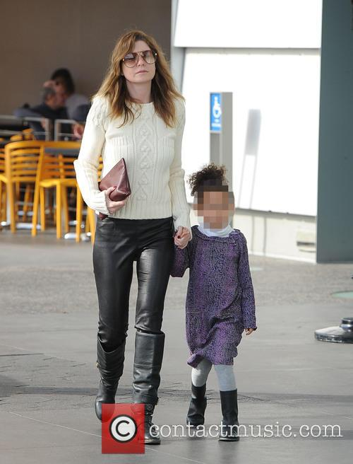 Ellen Pompeo and her daughter go shopping
