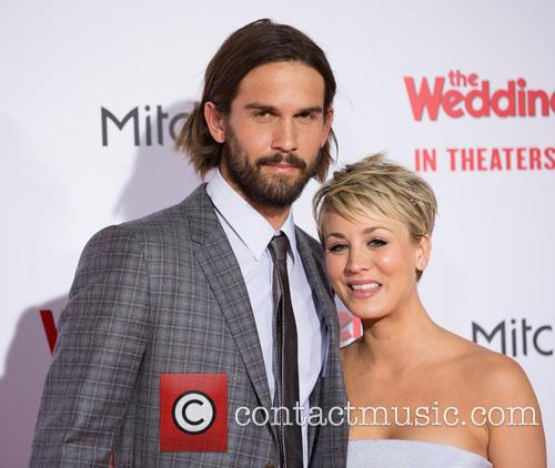 Ryan Sweeting and Kaley Cuoco-sweeting 1